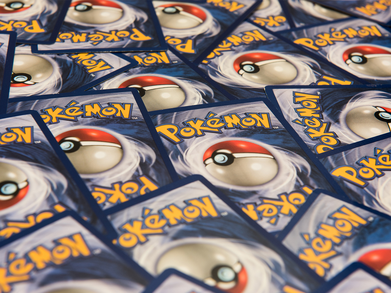 Buy-Pokémon-cards-from-Japan